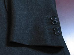 袖キス釦2×2個