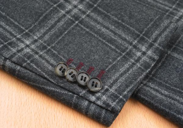 Cu|袖本開き・色糸穴かがりエンジ