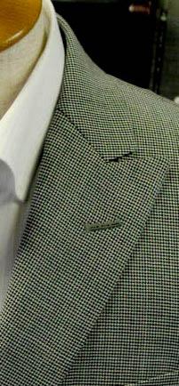 セミピーク衿