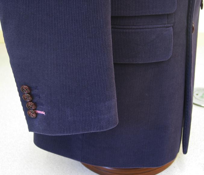 ジャケット袖釦4個・袖先ピンク色糸指定