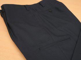 パンツのカーゴポケットをデザイン指定