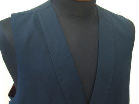 ショールカラー(へちま衿)の衿付きベスト