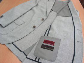 軽く羽織りたいジャケットにカバーオール仕立て