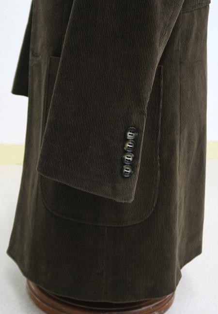 袖口のフレア巾を調整する