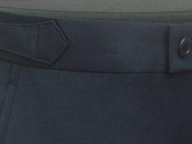スラックスの帯上に付ける脇尾錠