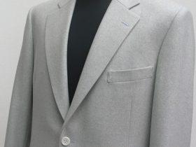 明るめライトグレーフランネルのジャケット