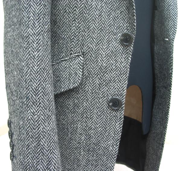 ロングジャケットで選べるデザイン