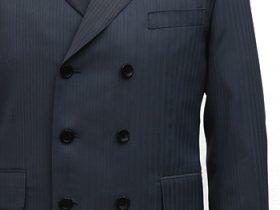 ダブルジャケットの横巾ボタン間隔を狭めに調整する