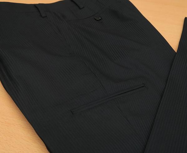 カーゴパンツのポケットを変形