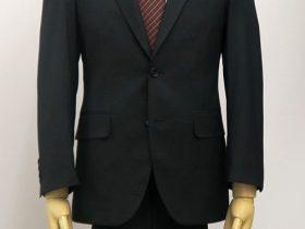 レギュラーモデルのスーツ