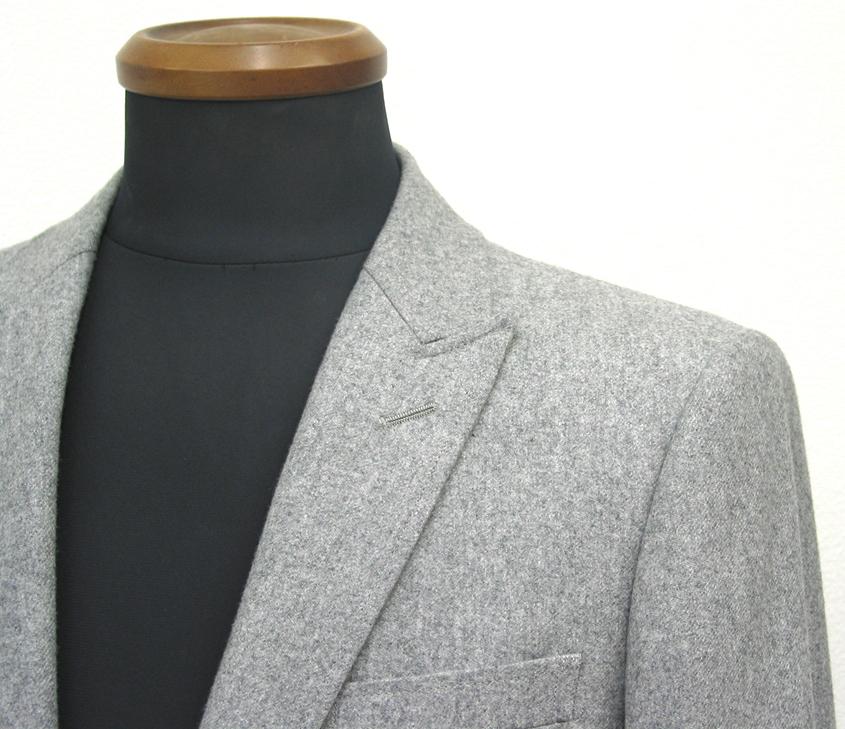 今年の秋冬シーズンに人気のフランネル。特に明るめの色柄が 目立つように思います。。 スーツ素材の(…)