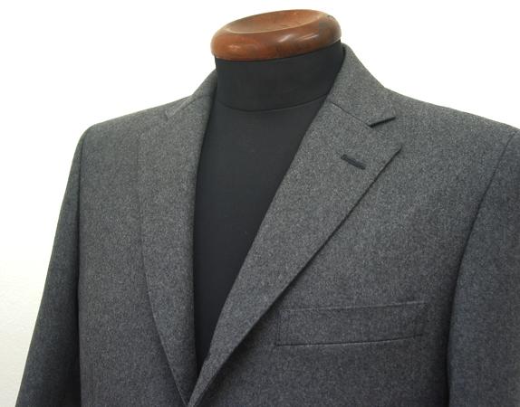 クラシコスーツ・3釦段返り・ノッチ衿
