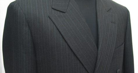レギュラースーツダブル・セミピーク衿