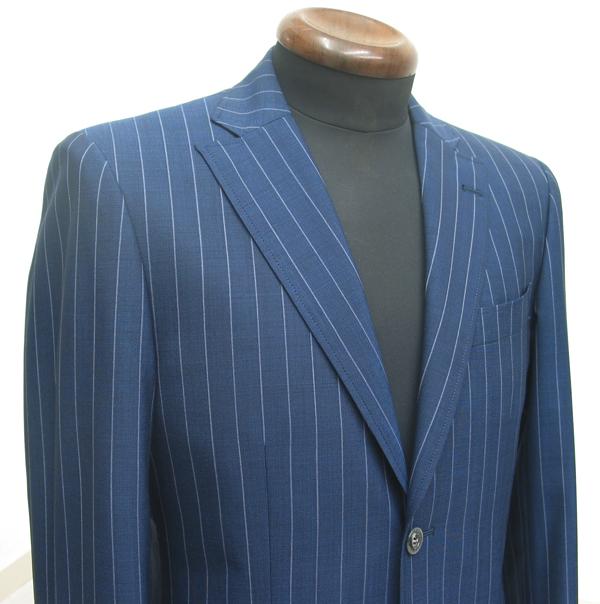 クラシコ2釦スーツ・セミノッチ衿