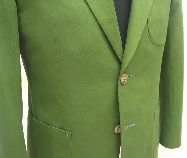 イギリスの老舗服地マーチャント、ハリソンズのカジュアル服地銘柄 メルソレアは、夏のリゾート地での最上級の休日を(…)