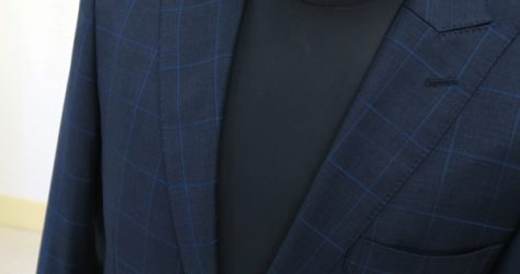 タイトクラシコ・ピーク衿2釦スーツ