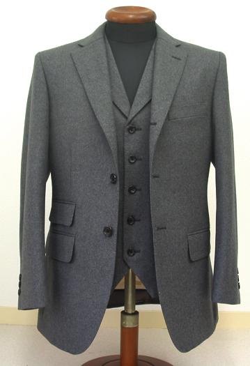 シングル3釦段返り・グレーフランネル3ピーススーツ(Ex-made)