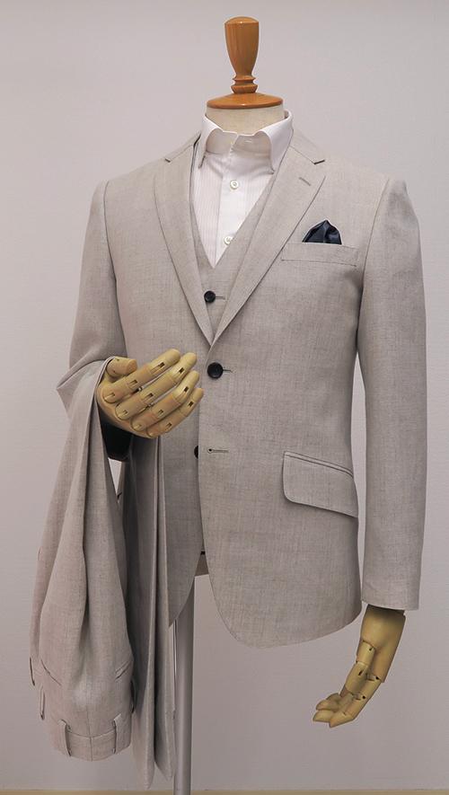 オフホワイトリネン・ベスト付きスーツ(Ex-made・タイトナロー)